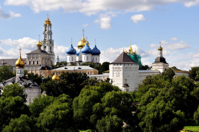 sergiev-posad-day-trip-from-moscow-including-troitse-sergiev-monastery