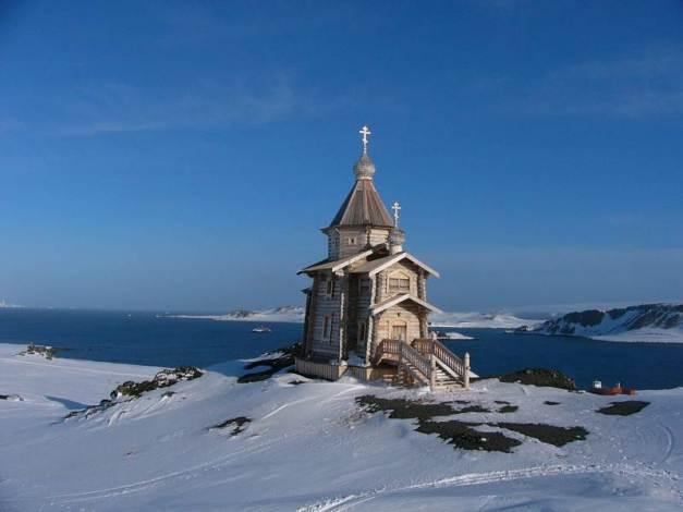 Chiesa russa Antartide dintorni