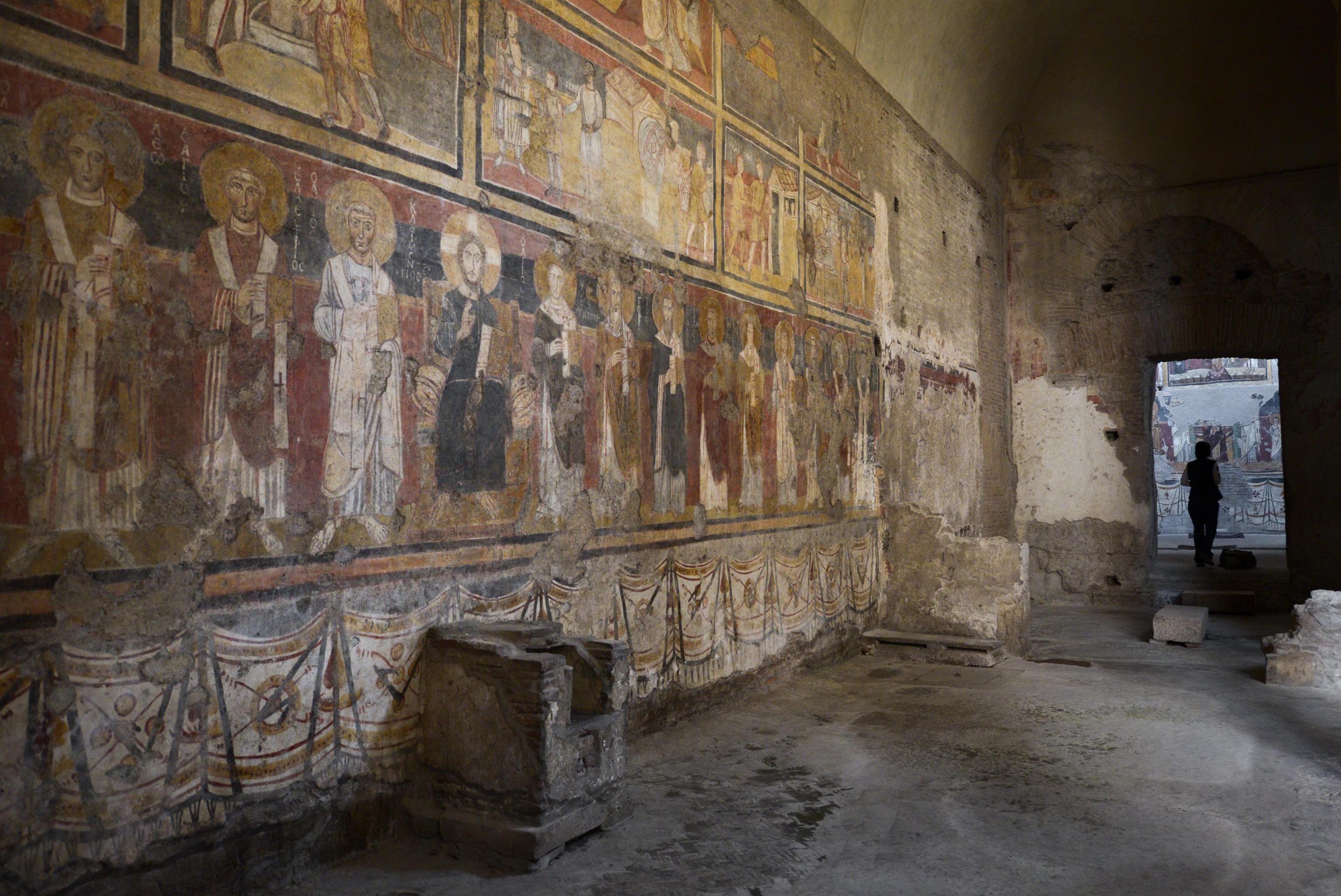 L'interno della chiesa di Santa Maria Antiqua al Foro Romano.